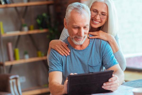 умные устройства для пожилых людей