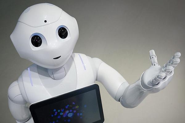 Роботы-дворецкие Pepper
