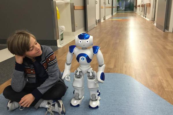 социальные роботы для реабилитации