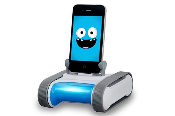социальный робот Romo