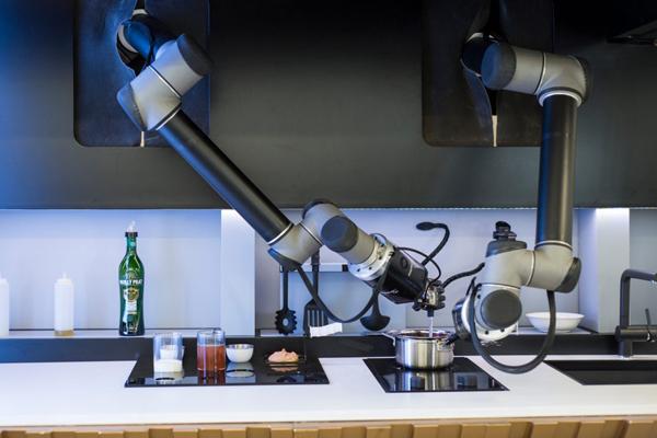 Moley Robotics - робот для приготовление еды