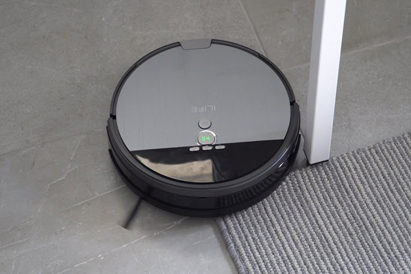робот пылесос iLife V8s Robotic Mop&Vacuum Cleaner
