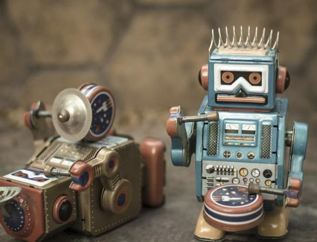 Три закона робототехники: насколько они актуальны сейчас?