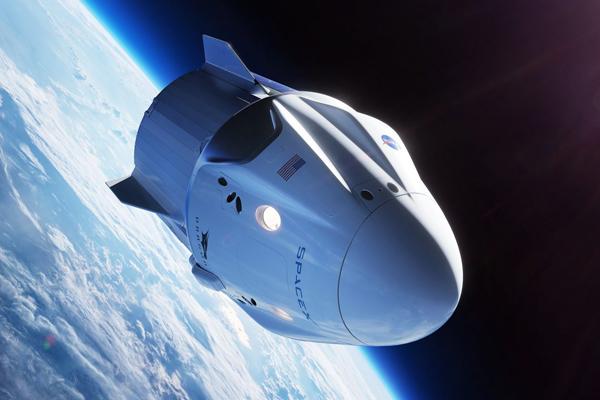 SpaceX и космический туризм